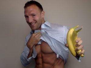 The Reason you Should NEVER Eat Bananas